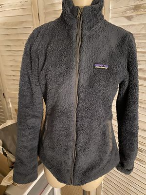 WOMANS Patagonia gray fleece jacket small for Sale in Seattle, WA