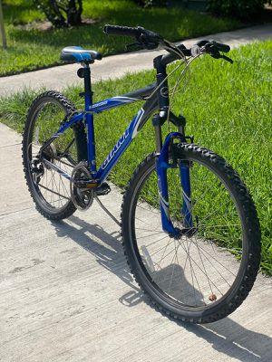 "Giant Boulder SE Aluminum Bike 26"" - 21 speed Shimano Acera rapid fire with front suspension for Sale in Boca Raton, FL"