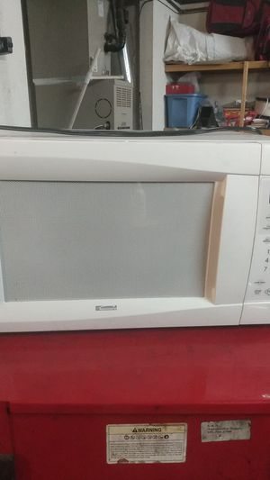 Kenmore used microwave working good for Sale in Moreno Valley, CA