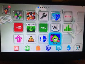 Nintendo Wii U Black Console 32 GB with Pro Controller for Sale in Rialto, CA