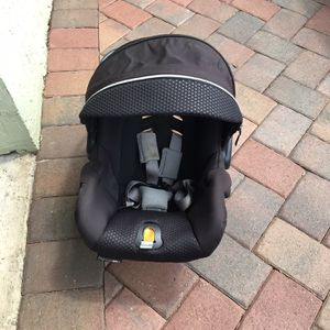 Infant Car Seat for Sale in Fort Lauderdale, FL