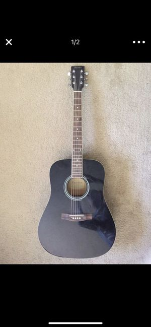 Davidson guitar needs new string and the string pin for Sale in Industry, CA