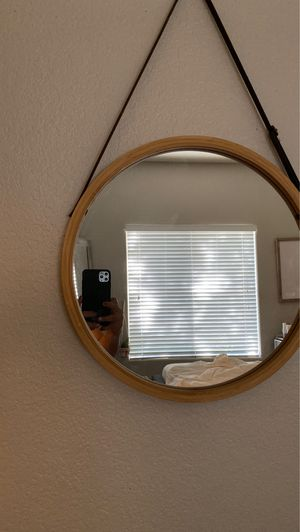 Round wall mirror for Sale in Peoria, AZ