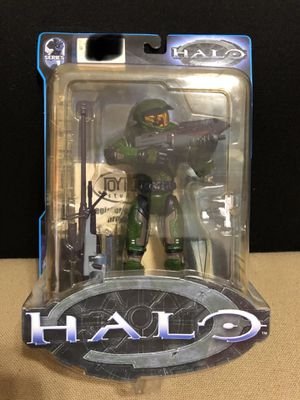 HALO 1 Series 1 Master Chief Green Action Figure by Bungie for Sale in Atascosa, TX