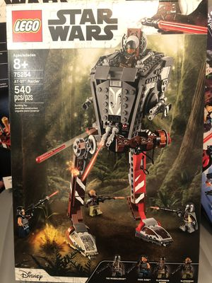 New LEGO Star Wars AT-ST Raider. Mandalorian. for Sale in San Bernardino, CA