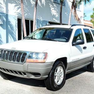 2002 Jeep Grand Cherokee Laredo With 106,000 Miles!! for Sale in Miami, FL