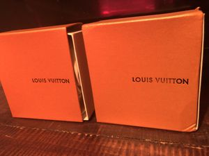 Louis Vuitton belts for Sale in Manor, TX