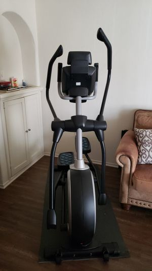 NordicTrack Elliptical Trainer Like New! 6 Months Old Rarely Used for Sale in West Covina, CA