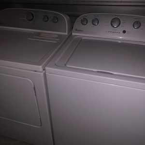 Whirlpool Washer Dryer Set for Sale in Houston, TX