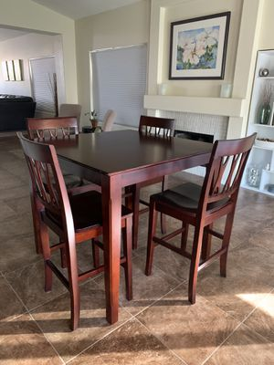 Dining table with 4 chairs for Sale in Scottsdale, AZ