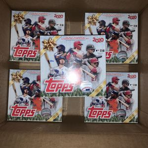2020 Topps Holiday MLB Baseball Trading Cards Mega Box- 5 Metallic Holiday parallel cards | 1 autograph, relic, or autograph/relic card for Sale in Anaheim, CA
