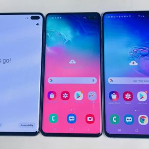 Samsung galaxy s10 plus 128 gb unlocked, sold with store warranty $470 each for Sale in Medford, MA