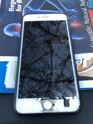 Looking too fix my iPhone 6 + for Sale in Grayslake, IL