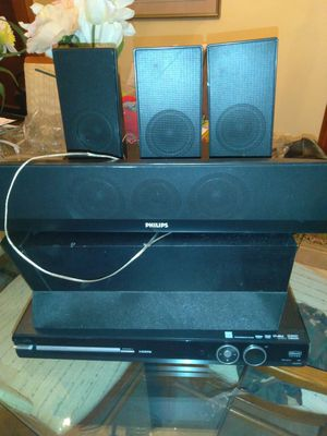 Phillip's surround sound with DVD player for Sale in Chicago, IL