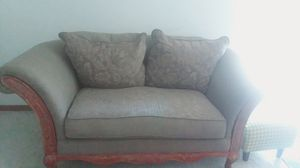 Love seat in very good condition for Sale in Kearney, NE