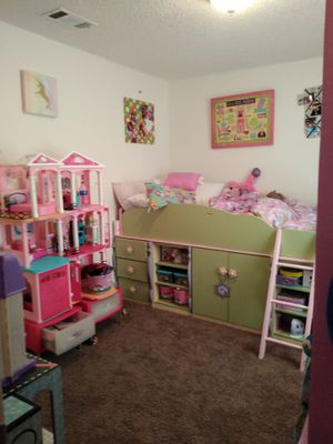 Ashley Doll House twin bed for Sale in Copperas Cove, TX