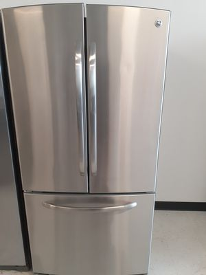 Ge stainless steel french door refrigerator used in good condition with 90 day's warranty for Sale in Mount Rainier, MD