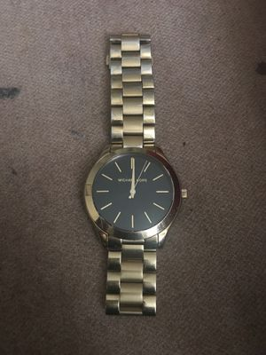 Gold Michaels Kors Watch 5/10 condition for Sale in Silver Spring, MD