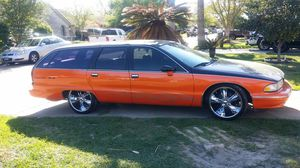 1994 Chevy caprice wagon ss for Sale in Houston, TX