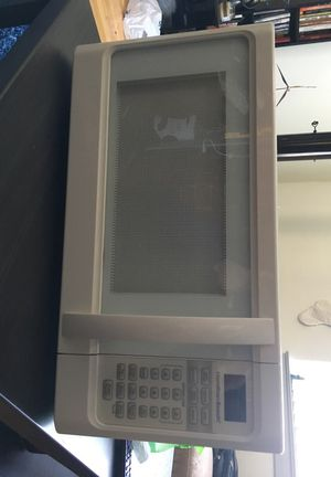 White Hamilton Beach 1000watt Microwave for Sale in Philadelphia, PA