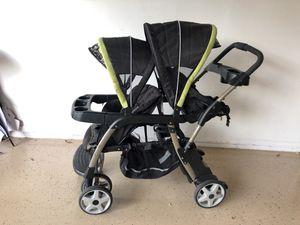 Double seated Stroller for Sale in Alafaya, FL