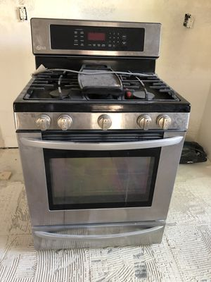 LG gas stainless oven for Sale in Menifee, CA