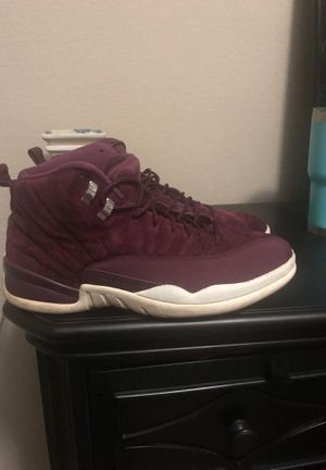Maroon Jordan's retro 12's size 13 for Sale in Saginaw, TX