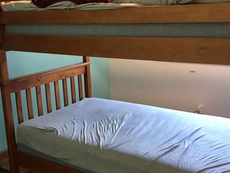 Wood Bunk Bed for Sale in Vallejo,  CA