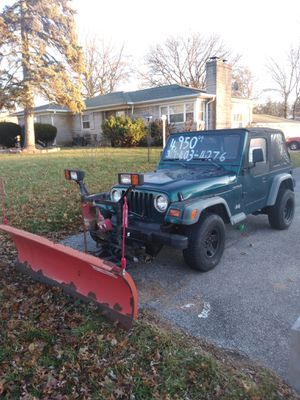 1998 jeep Wrangler any questions call {contact info removed} for Sale in Indianapolis, IN
