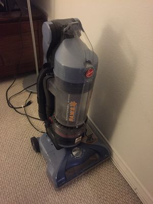Hoover vacuum for Sale in West Hollywood, CA