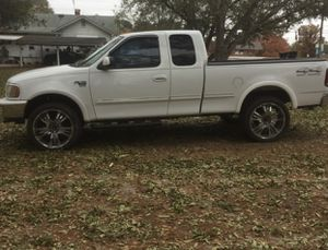 Ford f150 1998 xlt off road 4x4 for Sale in McDonough, GA