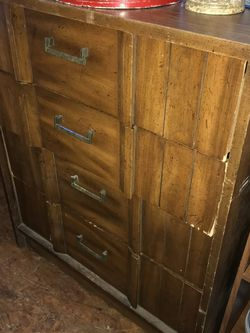 Vintage Dresser Chest Open 12 To 5 Saturday for Sale in Spring Valley,  CA