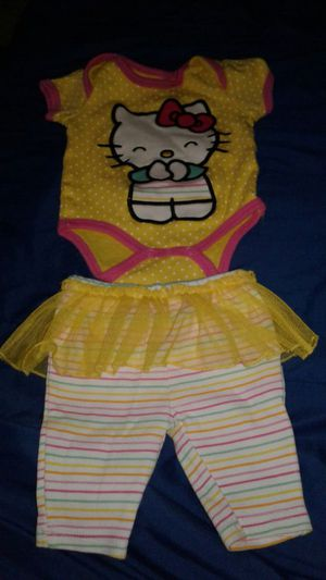 Hello kitty outfit for Sale in Chicopee, MA