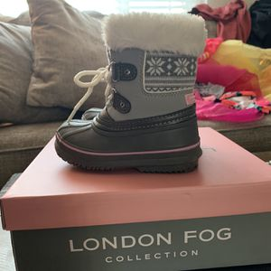 Toddler Waterproof Snow Boots for Sale in Redondo Beach, CA