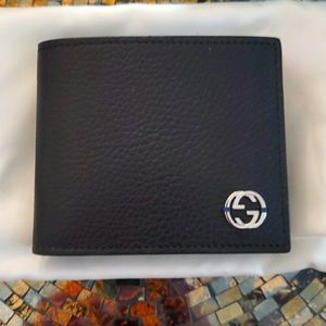 Brand New Authentic Gucci Wallet for Sale in Los Angeles, CA