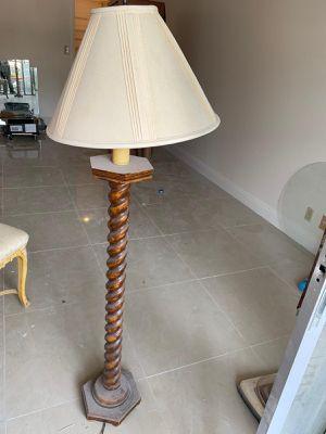 Free Lamp for Sale in Hallandale Beach, FL