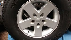 JEEP RIMS/TIRES for Sale in UPPR MORELAND, PA