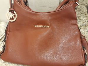 Purse Michael Kors for Sale in Centreville, VA