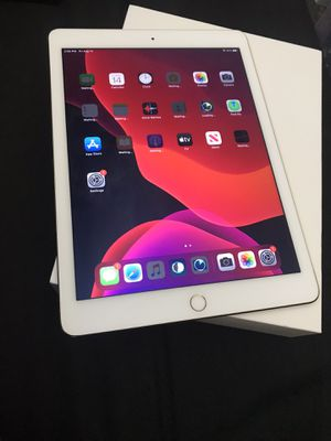 Apple iPad Air 2 wifi 16gb GOLD Like New for Sale in Arlington Heights, IL