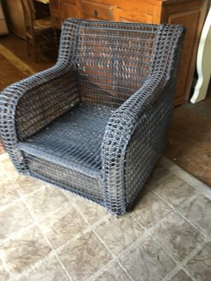 Garden patio furniture chair for Sale in San Diego, CA