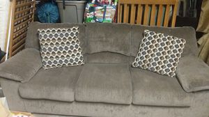 Couch like new! for Sale in Oakdale, CA