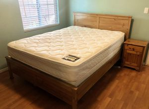Free Queen Bed & Matress NO BOX SPRING for Sale in Altadena, CA