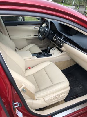 For Sale Lexus 2014 ES350 for Sale in Brooklyn, OH