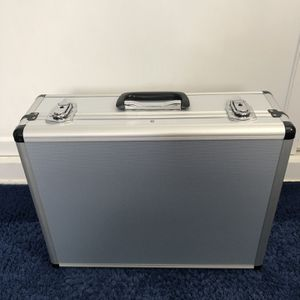 Protective Aluminum Case for Sale in Santa Fe Springs, CA