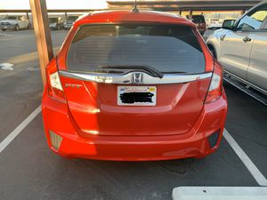 2015 Honda Fit. California Car. Salvage Title for Sale in Muskegon, MI