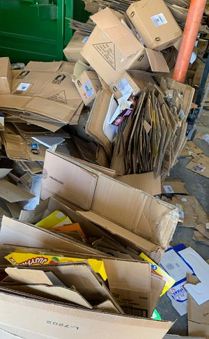 Free cardboard for Sale in Los Angeles, CA