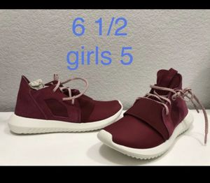 Adidas Tubular Defiant women's or girls sneakers for Sale in Aurora, CO