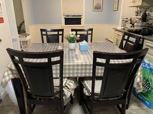 Free table with 6 chairs for Sale in Vernon, CT