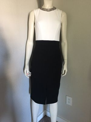 BISOU BISOU DRESS SIZE 2 for Sale in Tacoma, WA