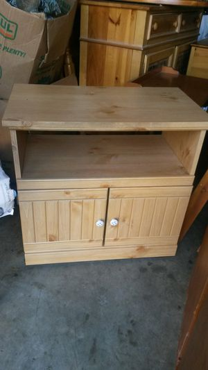 New beautiful solid wood TV Stand for Sale in Silver Spring, MD